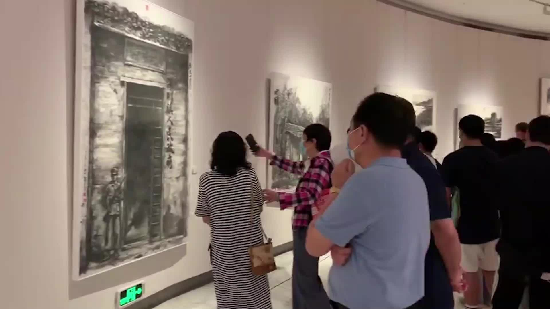 用画笔见证时代发展,艺术家与深圳特区共成长,陆佳个展深圳开幕